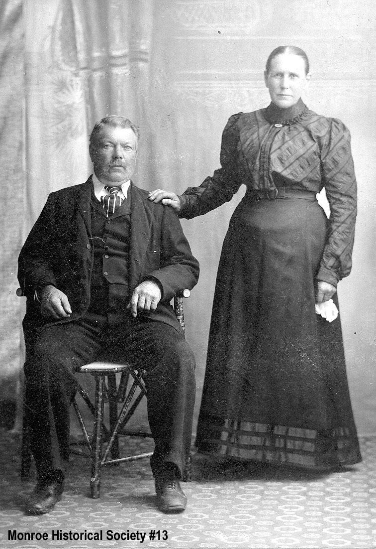 0013 – Joseph and Mathilda Dennis Portrait
