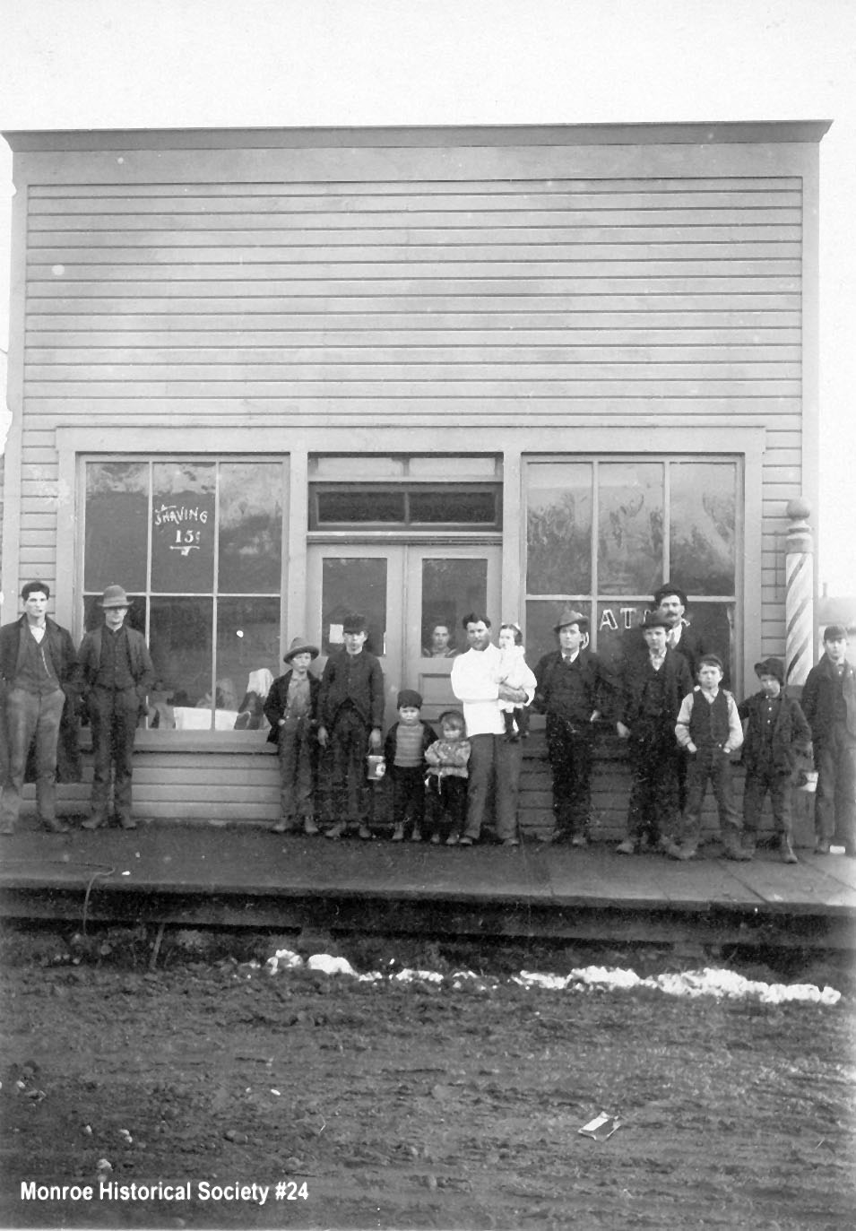0024 – Dennis Barber Shop with Dennis Family