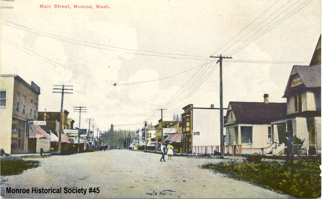 0045 – Main Street Monroe c1908 looking east from Blakely St.