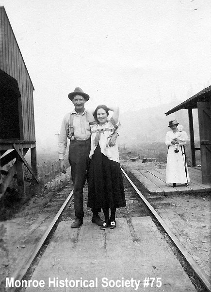 0075 – Jim and Ella Wallace at Monroe Railroad depot