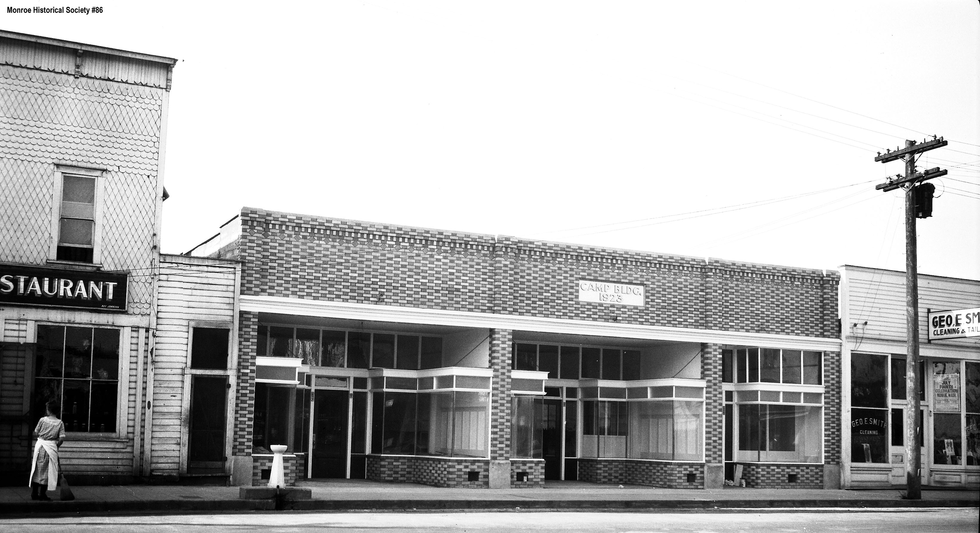 0086 – Camp Building, 108 West Main, in 1923 at time of construction