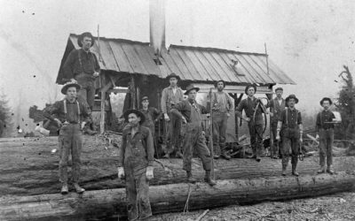0094 – Cedergreen and Smith Logging Camp with crew
